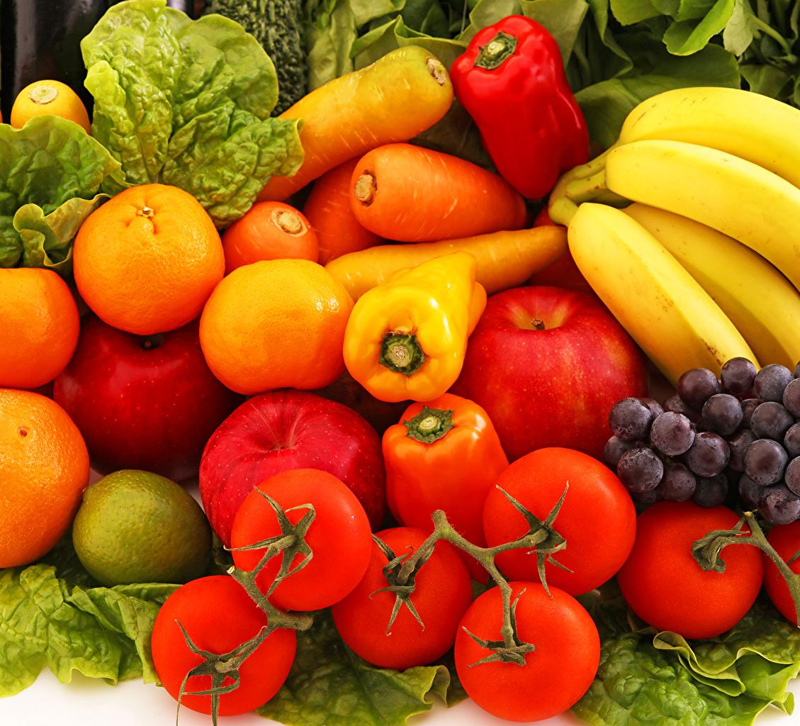 Tomatoes_Carrots_Pepper_486441